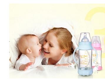 母婴同室可爱宝宝
